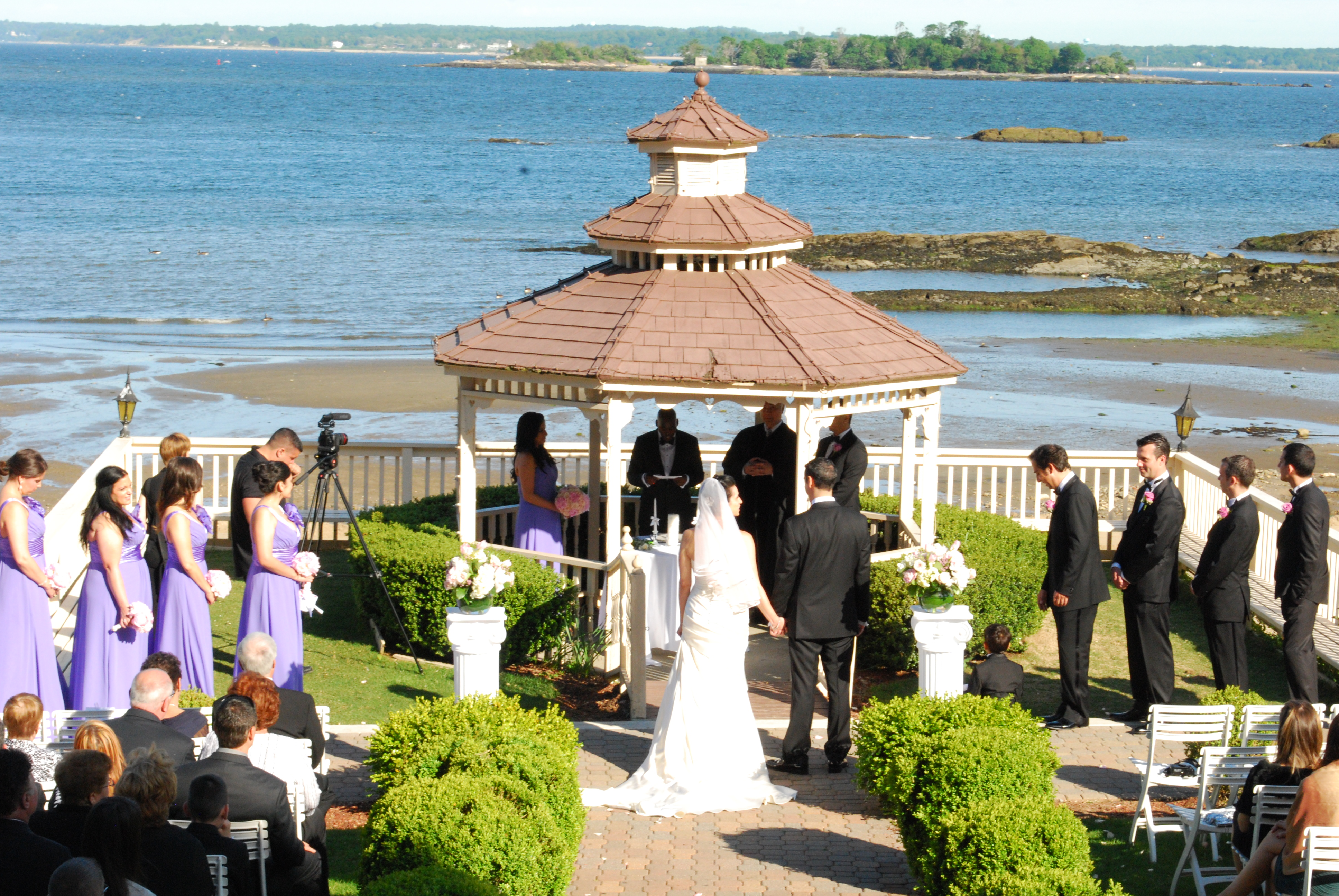 Top nj wedding djs perform at sunset beach wedding in new for Beach weddings in ny